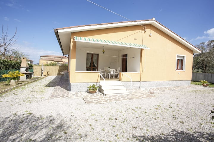 Villa San Giovanni 4/6 Beds with outdoor area