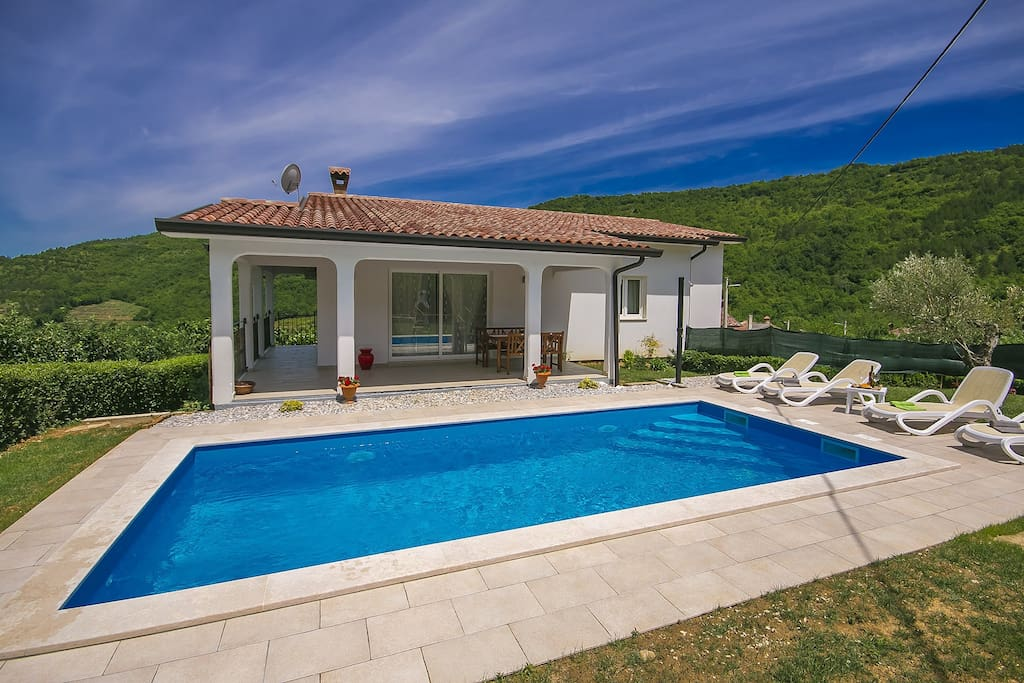 Holiday home with swimming pool
