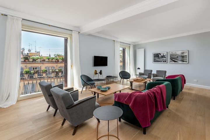 Pantheon Apartment