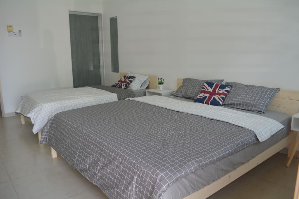 King & Super Single Bed