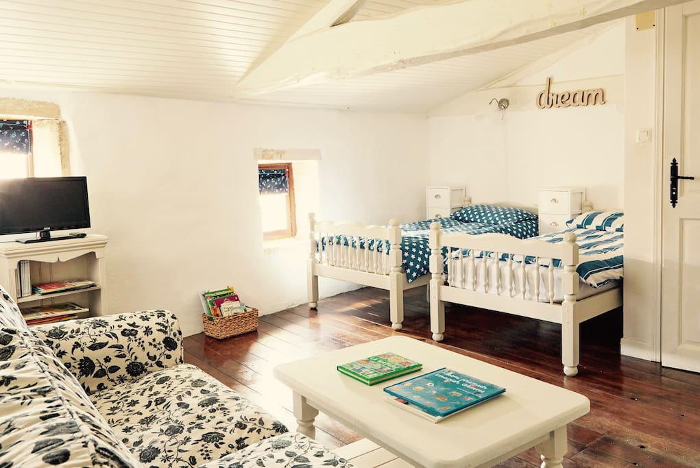 Childrens adjoining room