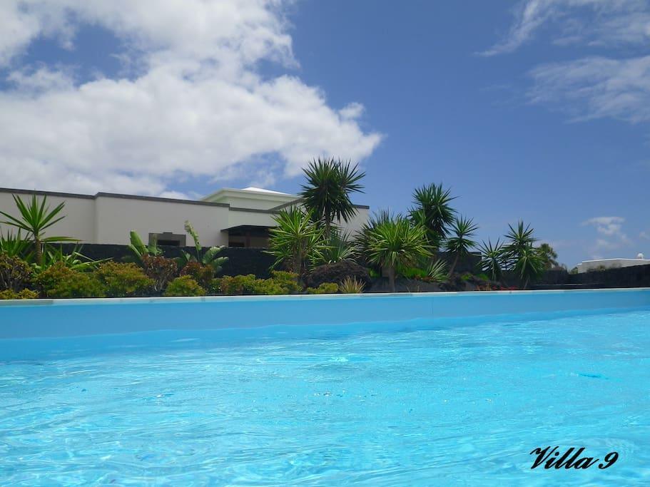 Villa playa blanca lanzarote piscine chauffee villas for for Location villa lanzarote avec piscine