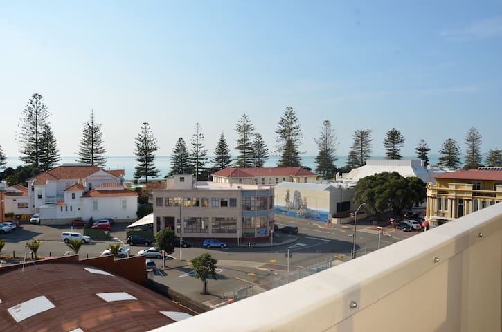 NAPIER INNER CITY APARTMENT