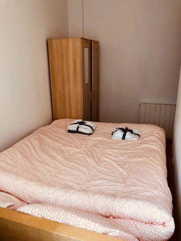 Cozy Double Room with Special Massage Bed