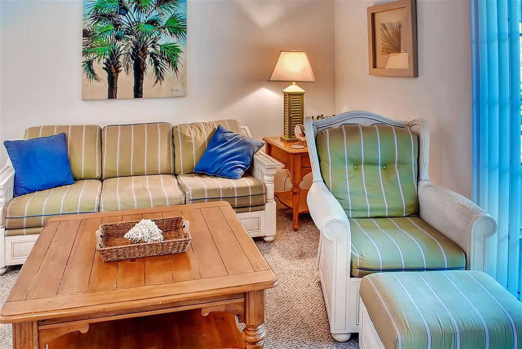 Plenty of comfortable seating for everyone in this condo's inviting interior!