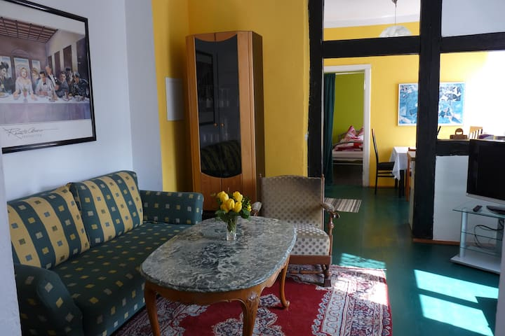 kleine, ruhige Wohnung in einem alten Bauernhaus