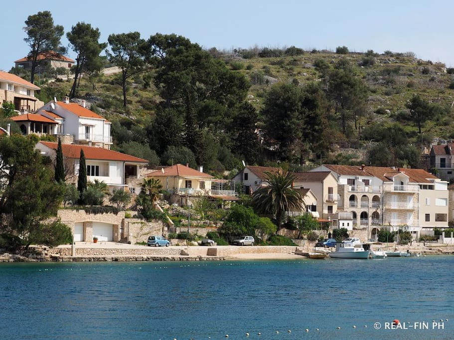 Property 10 meters from the sea