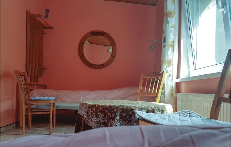 Holiday cottage with 1 bedroom on 60m² in Moscienica