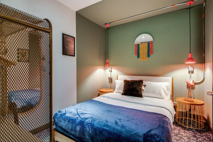 Selina Parque 93 - Small Room Shared Bathroom
