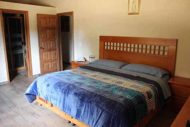 Habitacion privada en casa de campo