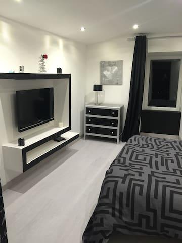 Chambre neuve - Veyre-Monton - Departamento