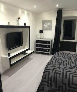 Chambre neuve - Veyre-Monton - Wohnung