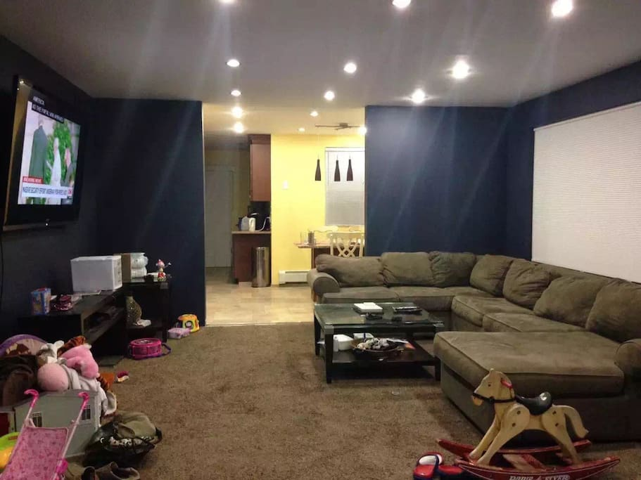 Living Room facing kitchen(couches being replaced)