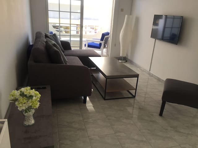Modern apartment in Paphos city centre
