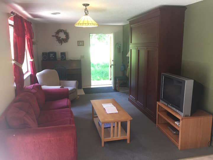 Summit Suite At Forest Retreat (NO Breakfast )