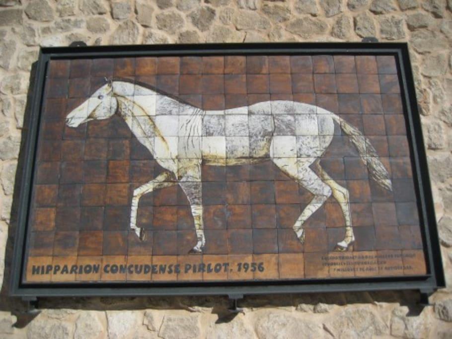 Mural Hipparion Concudense (ay unos 18 por las calles del pueblo)