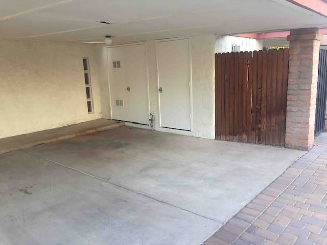 Unfurnished 2Bd 1.75Ba Townhome, Community Pool
