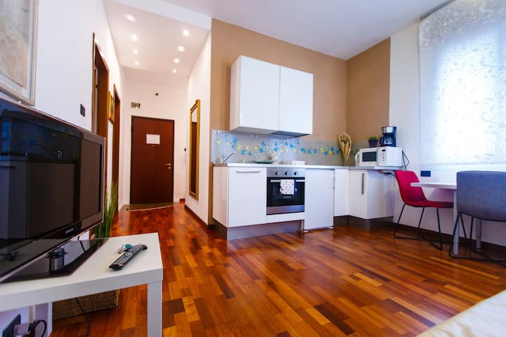 Venice-Flat 75m² perfect for 2 couples (free Park)