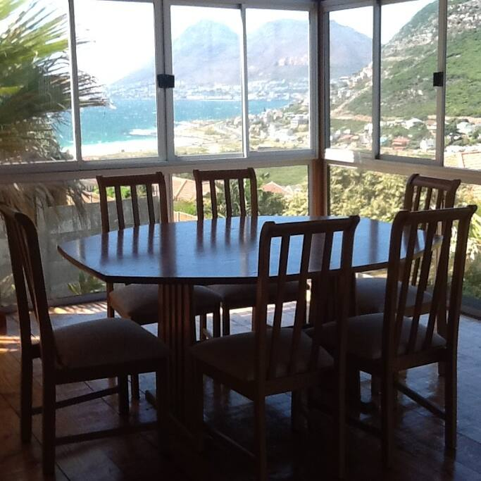Breakfast hall with sea views
