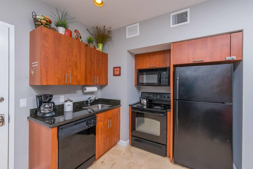 Indoors, Kitchen, Room, Oven, Microwave