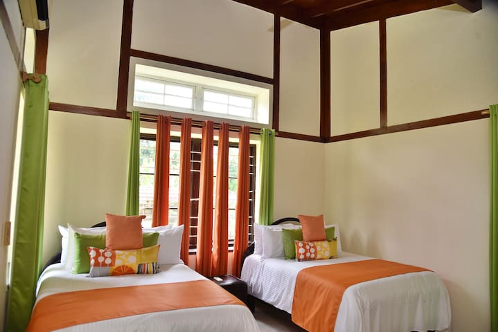 Bedroom 2 with two Queen Size Beds