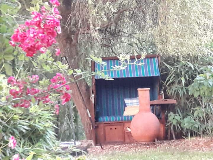 Gartenoase am Ahsestrand Sauna u.Kamin im Zimmer