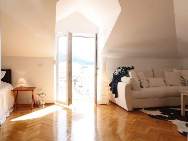 Cozy studio with a sea view - Makarska