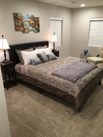 Gorgeous Master Suite for two! - Yakima