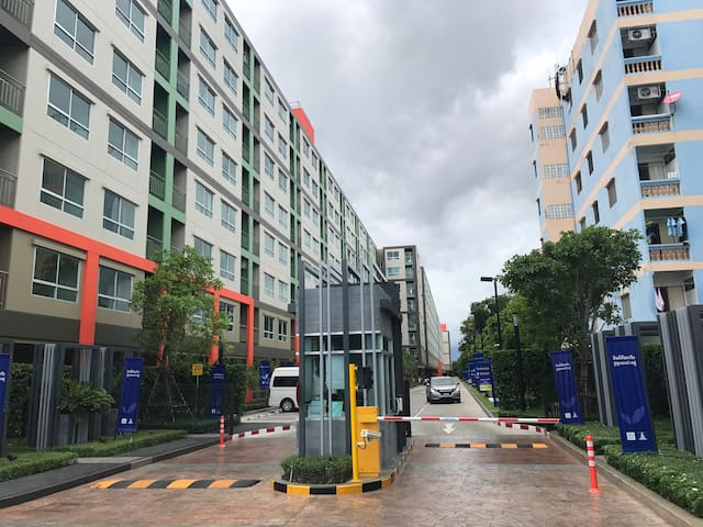 Near BTS&BITEC Bangna for rent(room1)