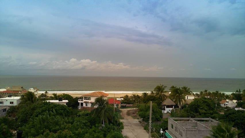 Clean and comfortable rooms in Puerto Escondido B