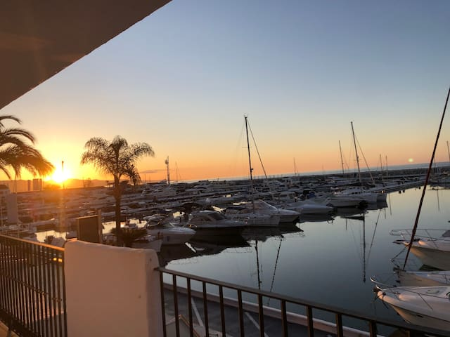 Puerto Banus First line with Marina and Sea views