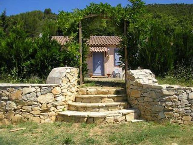 LesRouvieres Villa100 m²3 ch 700m² - Vins-sur-Caramy - Huis