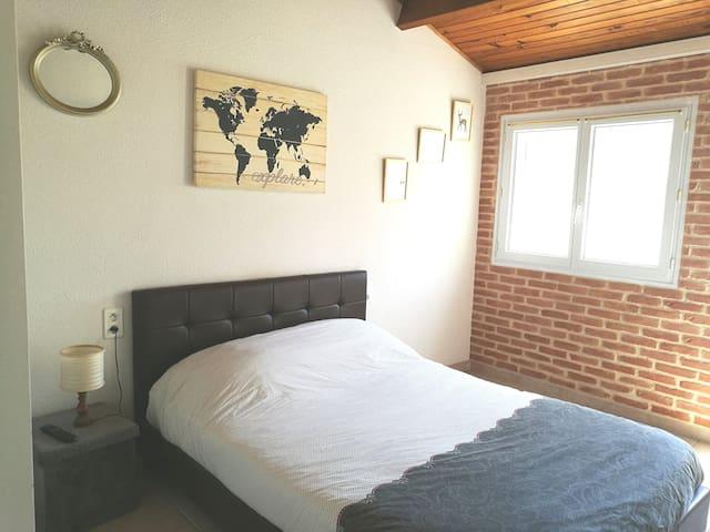 Chambre climatisée dans Villa à 10mn de Narbonne