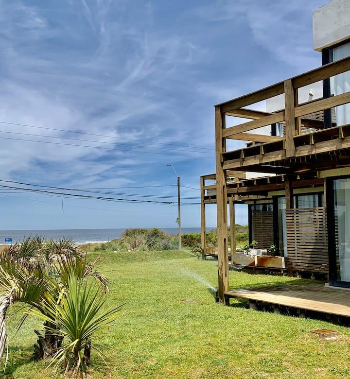 Beachfront, beautiful ground level studio