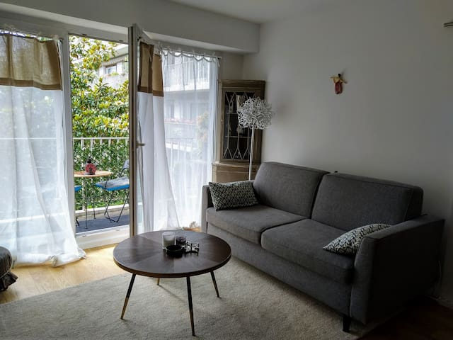 Newly Renovated Pied-à-terre in Paris 15ieme