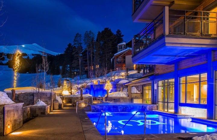 Breckenridge Luxury Stay at Grand Colorado Peak 8
