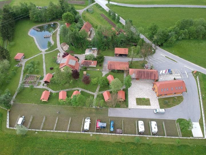 Camp Podgrad Vransko Apartment 3