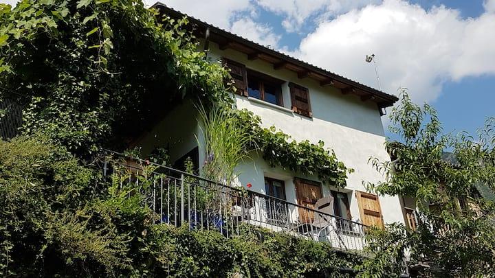 """Ferienhaus """"Monte Riga"""" in Orasso (Cannobiner Tal)"""