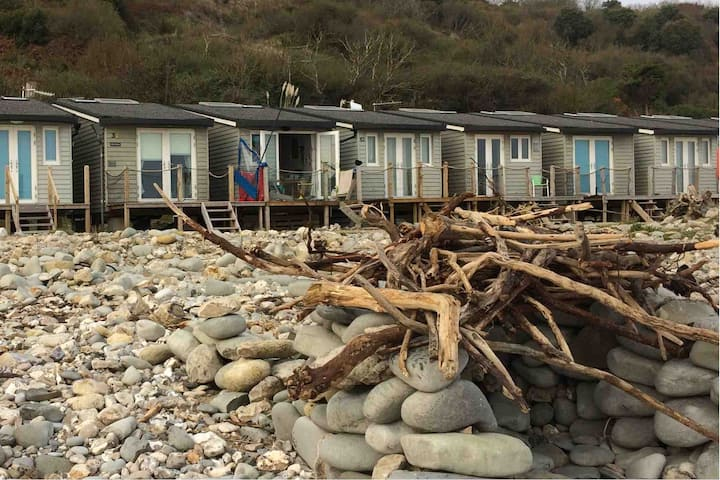 Chalet 31 Monmouth Beach Lyme Regis