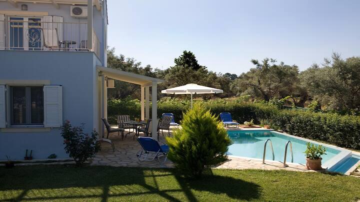 Azzuro Private Villa