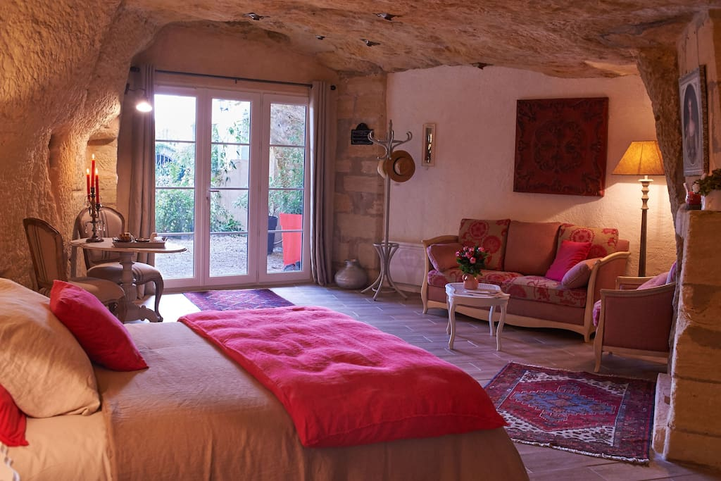 Chambre d 39 hotes troglodyte caves for rent in vouvray - Chambre d hote troglodyte tours ...