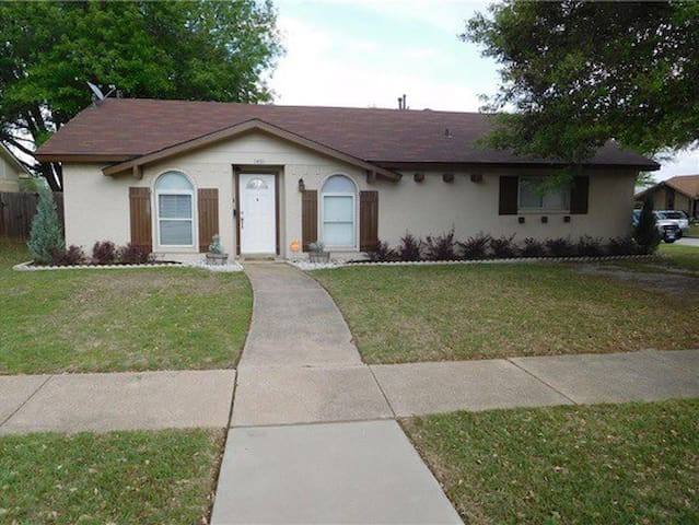 Updated home great location right off of 35!
