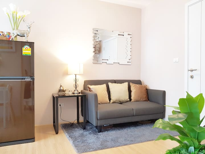 Cozy Residence 15 mins to Don Mueang Airport (DMK)
