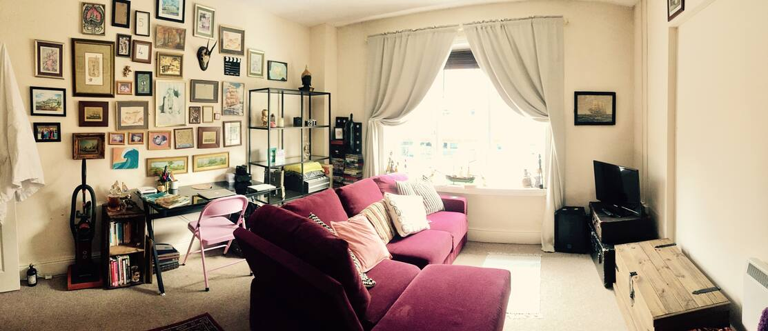 Cosy & quirky flat in City Centre