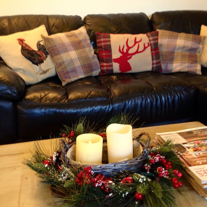 Snuggle up & watch tV after a day's sightseeing in York!