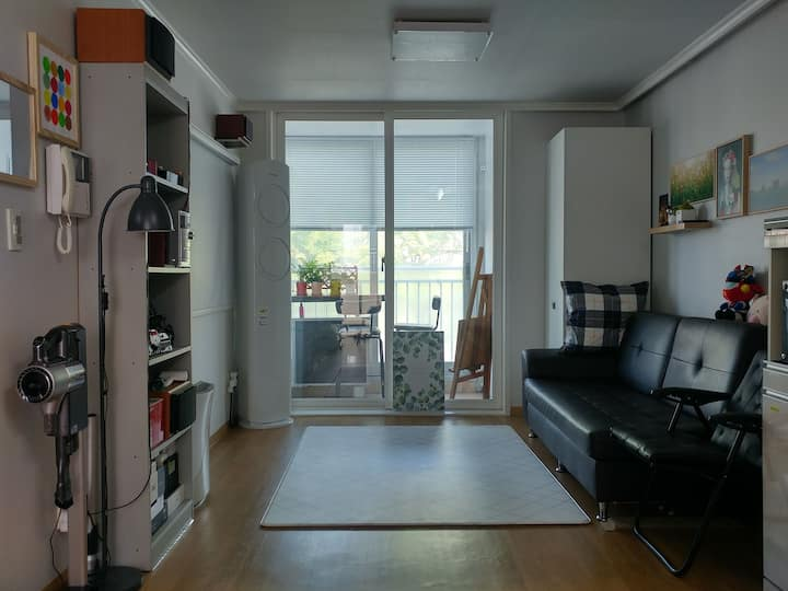 A Clean Comfortable house for student and tourist
