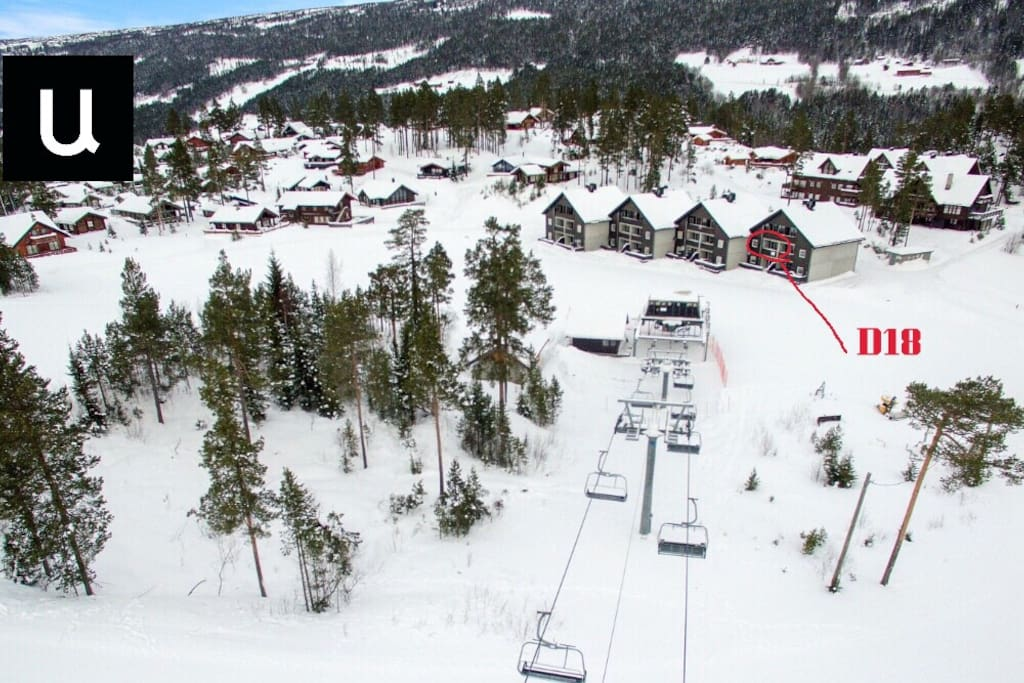 Picture taken from the main chairlift in the center. The apartment is marked in red circle.