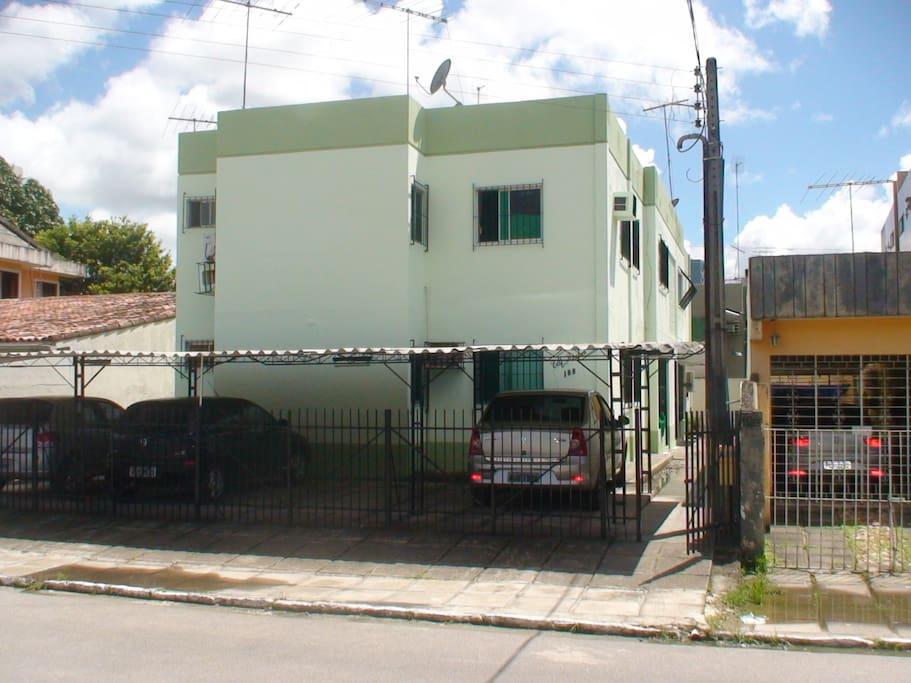 The building/O prédio