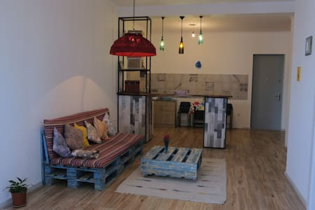Cute Apartment near the Tbilisi sea side - Tbilisi - Appartement