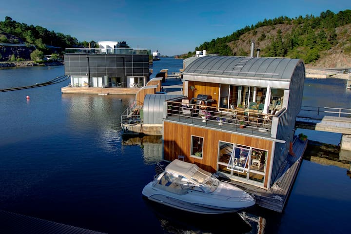 Room in floating house - Stockholm - Villa